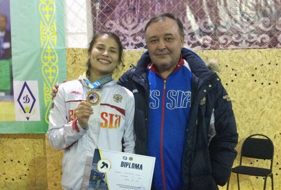 Спортсменка из Челябинской области Дина Гизатулина завоевала «золото» первенства Европы по борьбе