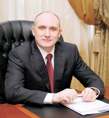 Как сообщило управление информации и общественных связей ОАО «ММК», Борис Дубровский поздравил че