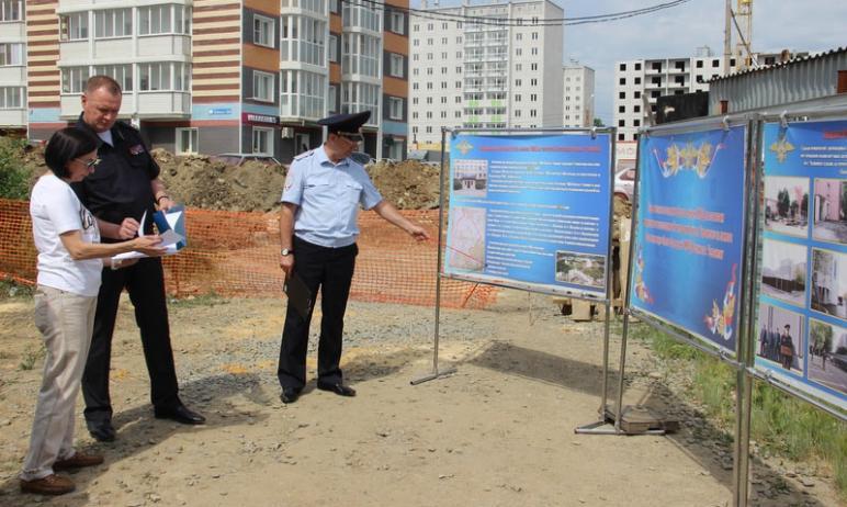 В Курчатовском районе Челябинска появится новый отдел полиции. Такое решение было принято в связи