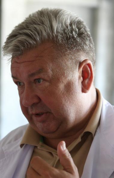 Главный врач Челябинского областного клинического центра онкологии и ядерной медицины Андрей Важе