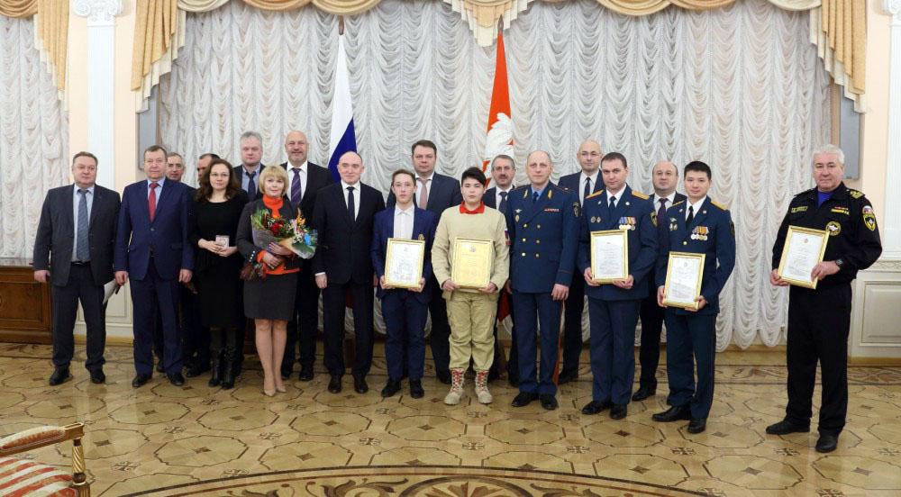Почетными грамотами, благодарностями и памятными медалями к 85-летию Гражданской обороны отмечены