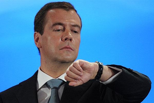 Как сообщает пресс-служба Совета Федерации, в России устанавливается «московское время», соответс