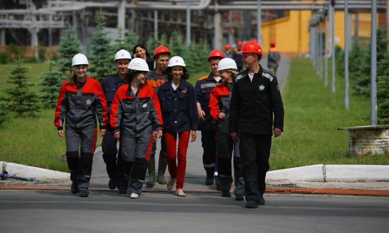 Челябинский цинковый завод, входящий в состав холдинга Уральской горно-металлургической компании,