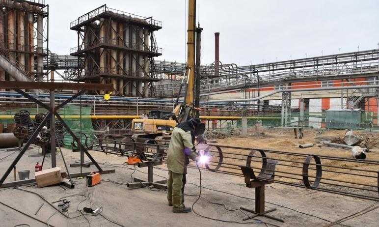 На входящем в состав Уральской горно-металлургической компании Челябинском цинковом заводе начато