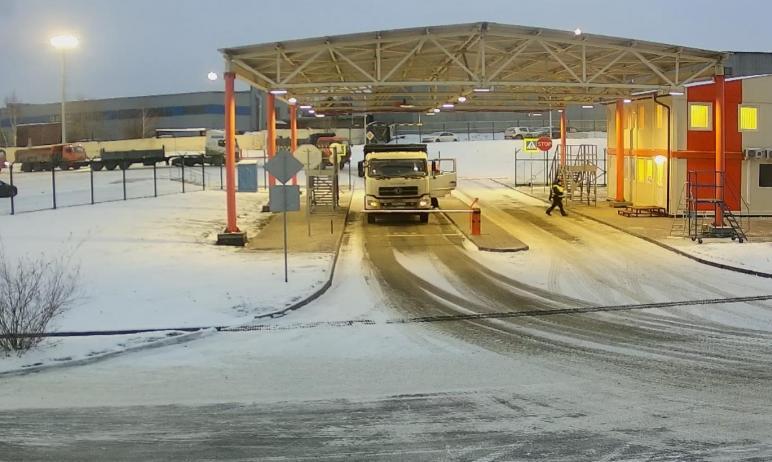 Первая парковка для большегрузного автотранспорта открылась на территории входящего в состав холд