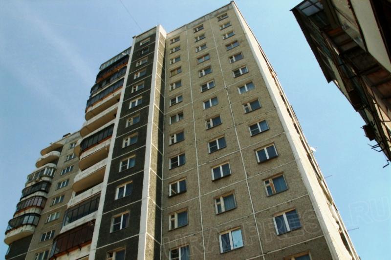 По закону обязательному расселению подлежат жилые помещения, относящиеся к аварийному жилому фонд