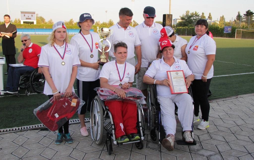 Как сообщили организаторы, более 470 человек из 65 регионов России соревновались в пяти спортивны