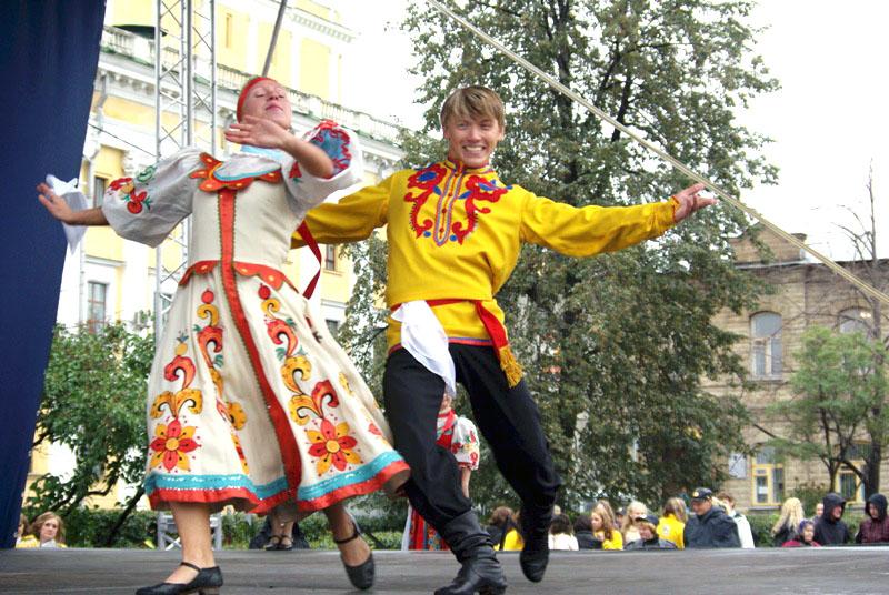 В Челябинске завтра, первого июня, по случаю Дня защиты детей состоится множество праздничных мер