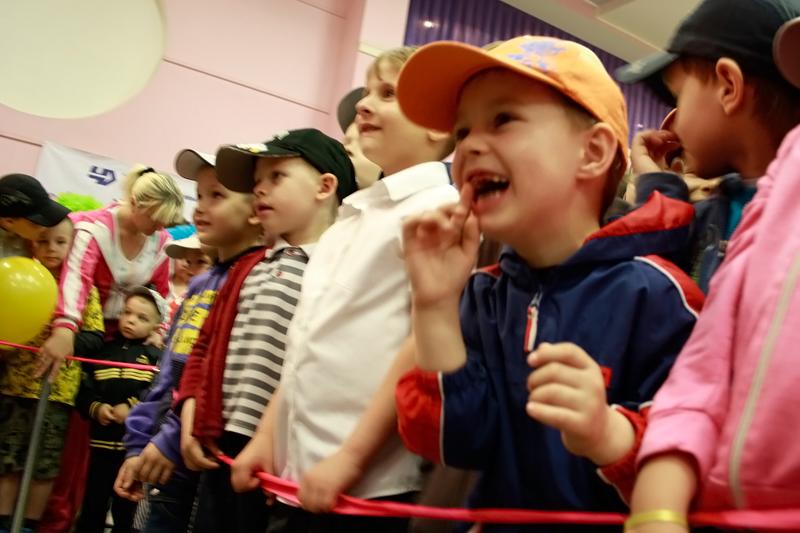 Как сообщили агентству «Урал-пресс-информ» в пресс-службе завода, большим праздником «Шар-шоу» от