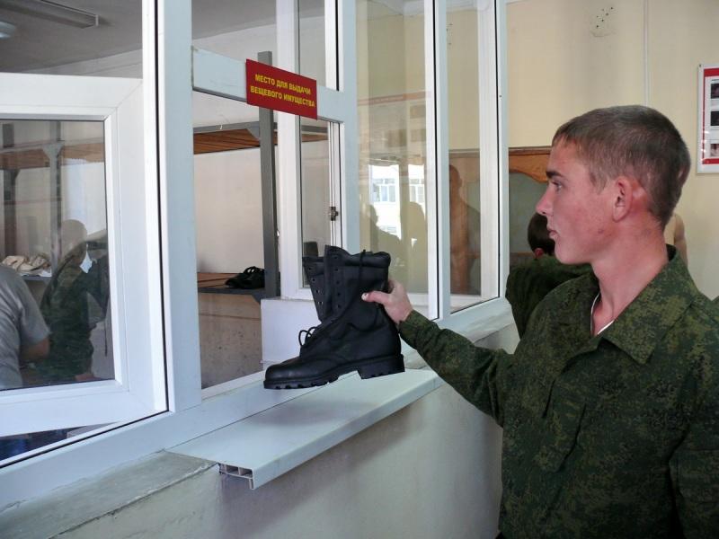 Треть из них будет служить на территории округа. Более 4,5 тысяч человек пополнили Военно-Морской