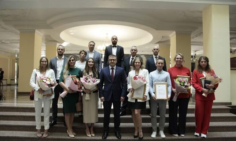 Губернатор Челябинской области Алексей Текслер наградил призеров и участников XXXII летних Олимпи