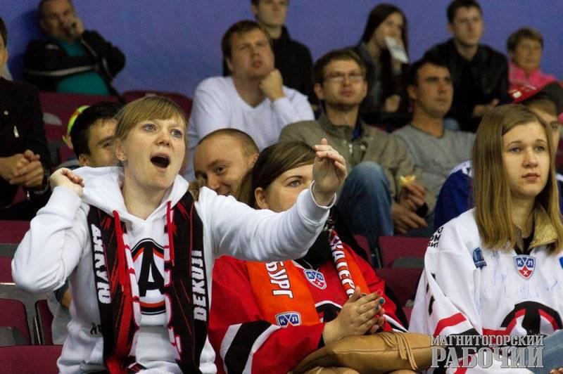 В Магнитогорске (Челябинская область) стартует хоккейный памяти Ивана Ромазана. В день открытия в