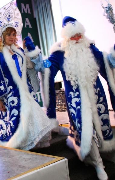 В Челябинске Деды Морозы и Снегурочки поборются за звание лучших. Оценить и выбрать лучшего главн