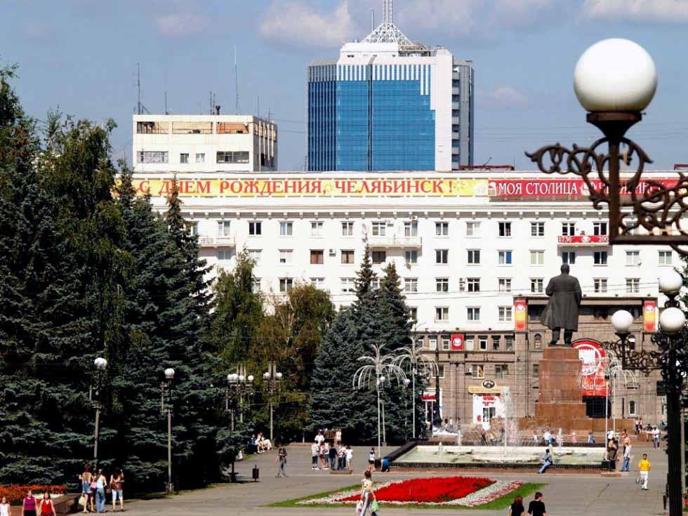 По мнению директора рекламной группы, разработавшей концепцию празднования Дня города, Михаила См