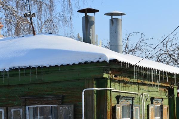 Как сообщили агентству «Урал-пресс-информ» местные жители, сегодня днем из-за падения давления в