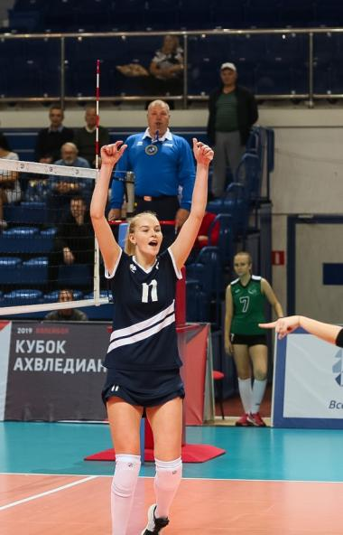 Челябинский волейбольный клуб открывает новый сезон в женской Суперлиги чемпионата страны домашни