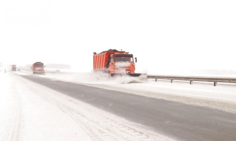 Во всех районах Челябинской области продолжается снегопад различной интенсивности, начавшийся в м