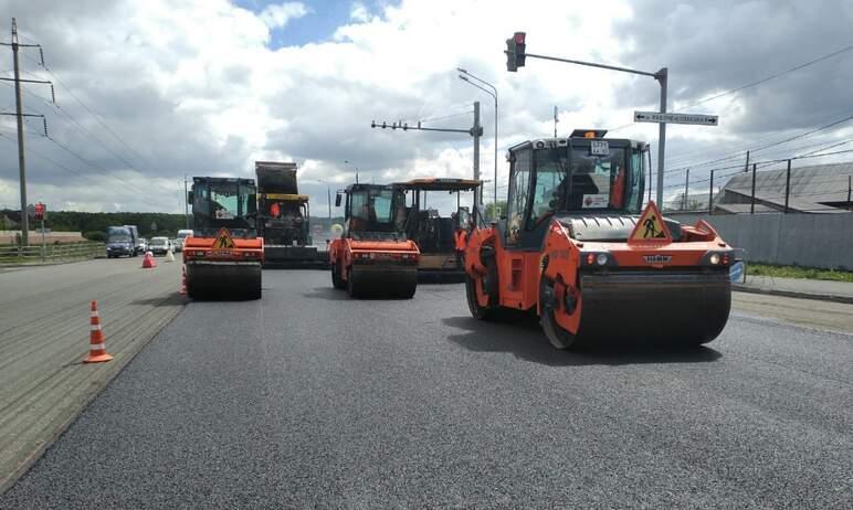 В Челябинске продолжаются ремонтные работы на трамвайных переездах и дорогах.  Об итогах