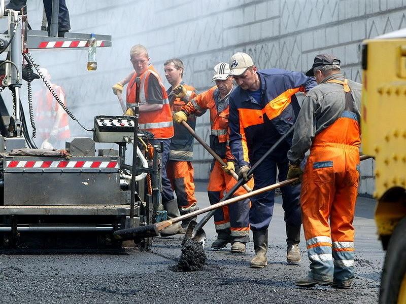 Кроме того, будет закрыто движение автомобильного транспорта по мосту через железнодорожные пути