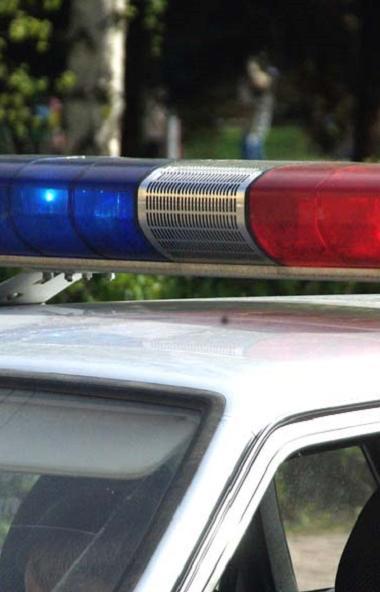 Инспекторы полка ДПС ГИБДД города Челябинска задержали пассажира автомобиля, у которого было обна
