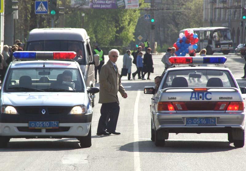 В ходе прокурорской проверки выяснилось, что пешеходные пути на пересечении Копейского шоссе, ули