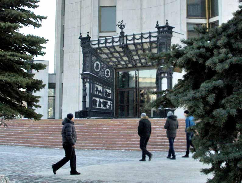 Как рассказали агентству «Урал-пресс-информ» в пресс-службе театра, это не просто спектакль - это