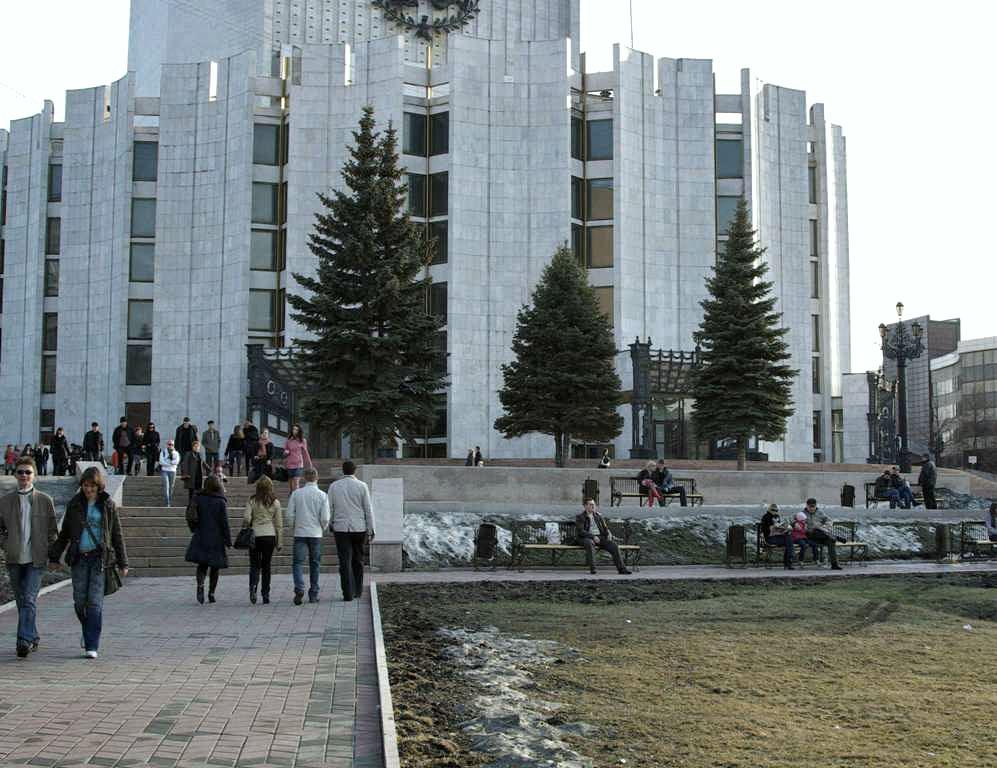 Впервые челябинский конкурс заявил о себе в 2007 году. Его учредителями являются областное минист