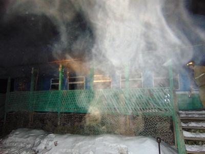 Пожар произошел сегодня, 11 марта, в полночь на трассе М36, участке 67-го километра автодороги Че