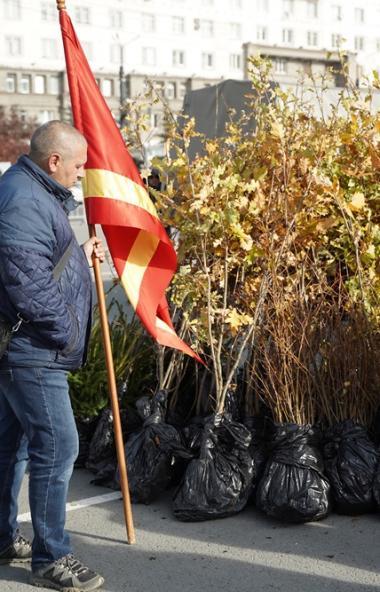 Сегодня, 5 октября, благотворитель из Чувашии Юрий Соколов подарил городу Челябинску 75&nbs
