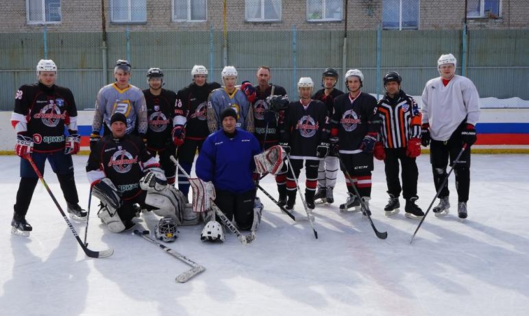 В ИК-15 ГУФСИН России по Челябинской области состоялся мастер-класс по хоккею.Технические п