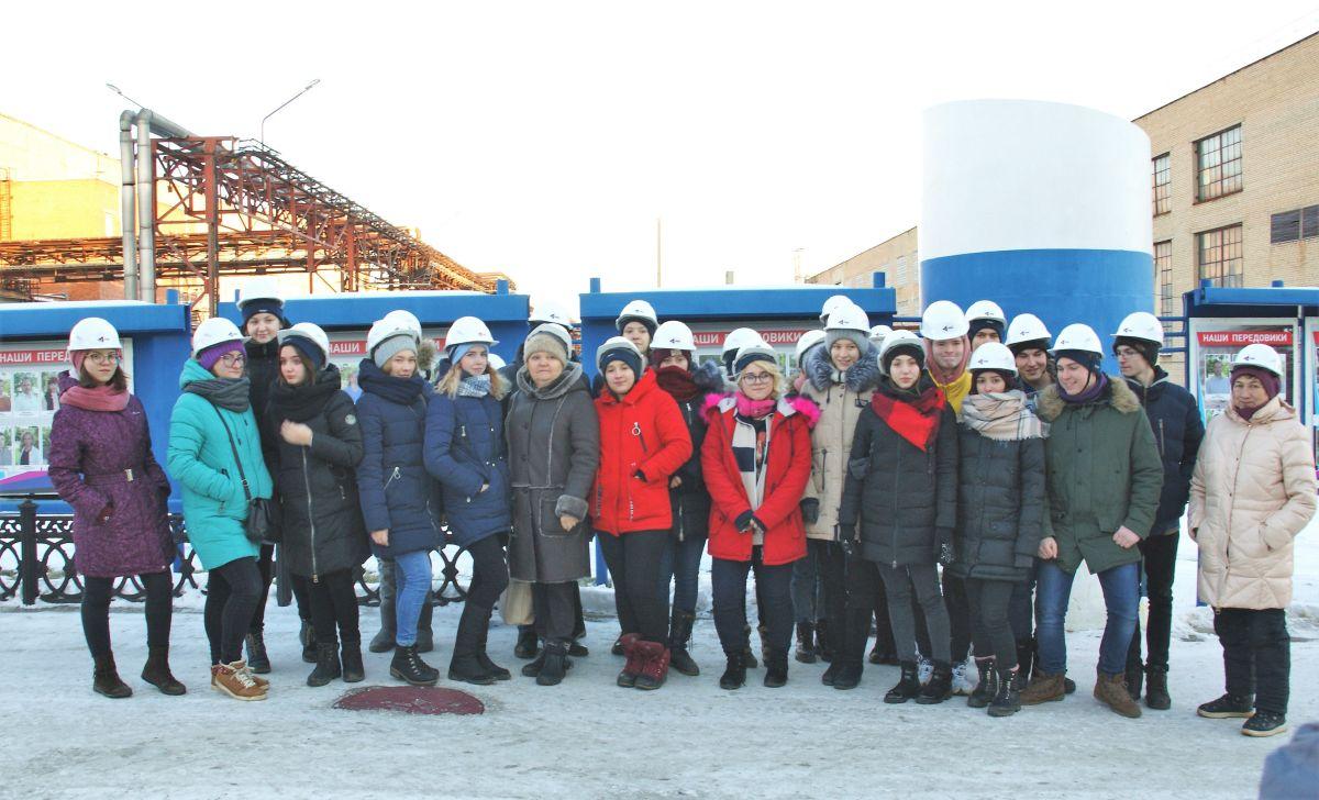 Почти три десятка учащихся 9-11 классов челябинской школы №73 в рамках Технотура посетили предпри