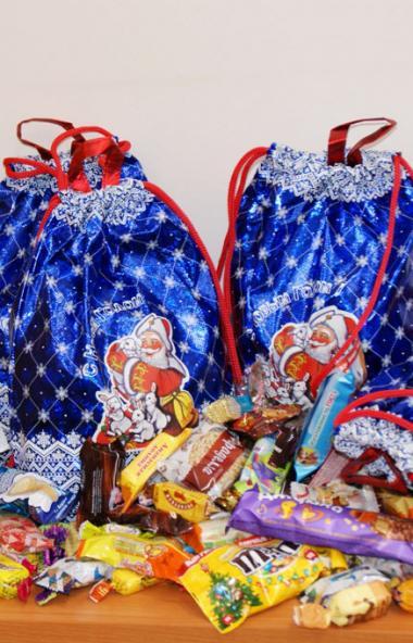 Детей сотрудников АО «ГРЦ Макеева» (Миасс, Челябинская область) ждут сладкие подарки и сказочные