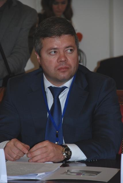 На мероприятие съехались главы и руководители представительных органов из десятков городов России