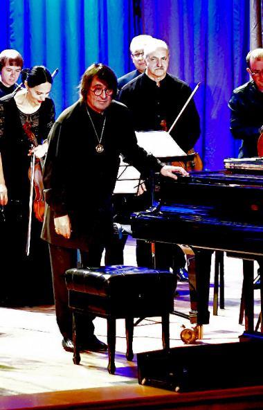 Юрий Башмет и ансамбль «Солисты Москвы» с 24 по 27 октября дали концерты в Снежинске, Сатке и Чел