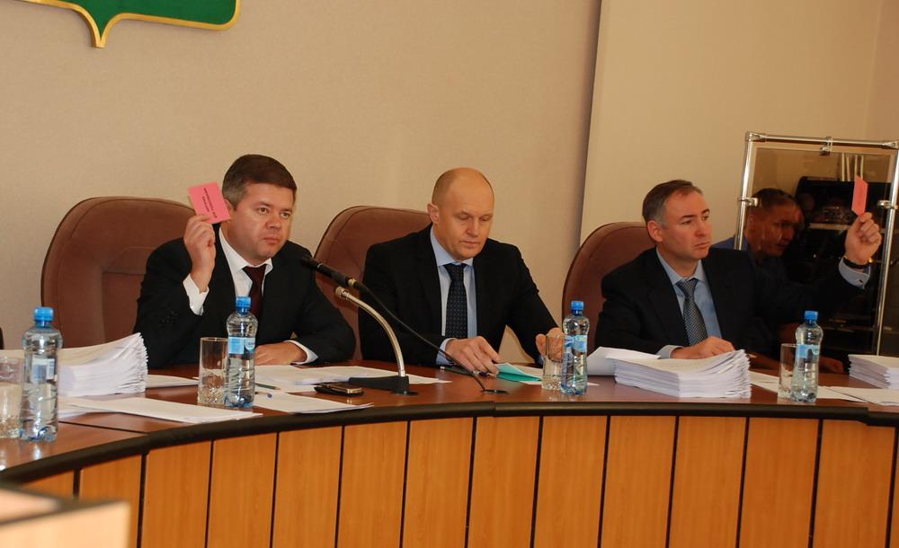 Об этом заявил адвокат Владимир Синицын, к которому обратились за помощью предприниматели, постра