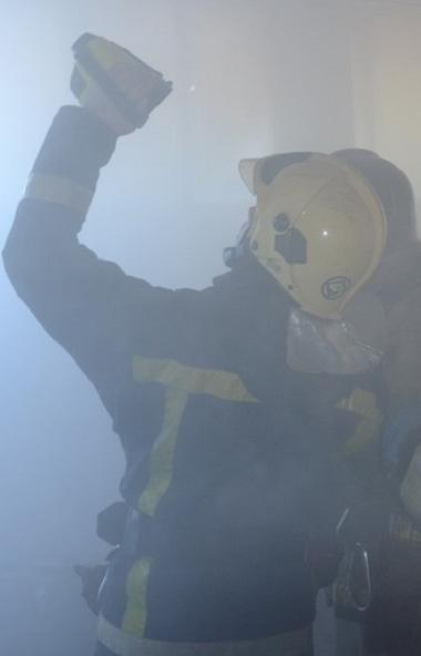 В Челябинске сегодня, 30 июля, произошел пожар в недостроенном здании 16-этажного отеля на улице