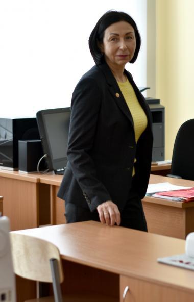 Глава Челябинска Наталья Котова поздравила учителей, родителей и детей южноуральской столицы с Дн