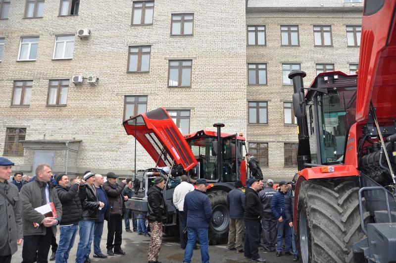 Современной сельхозтехнике нужны высококвалифицированные механизаторы. Трактористов Челябинской о