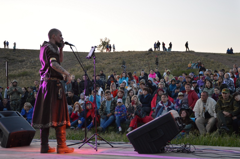 «Пламя Аркаима» разгорелось в Челябинской области в третий раз. Фестиваль исторической реконструк