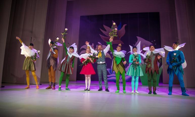 В минувшие выходные в Челябинском Молодёжном театре состоялась премьера мюзикла «Дюймовочка