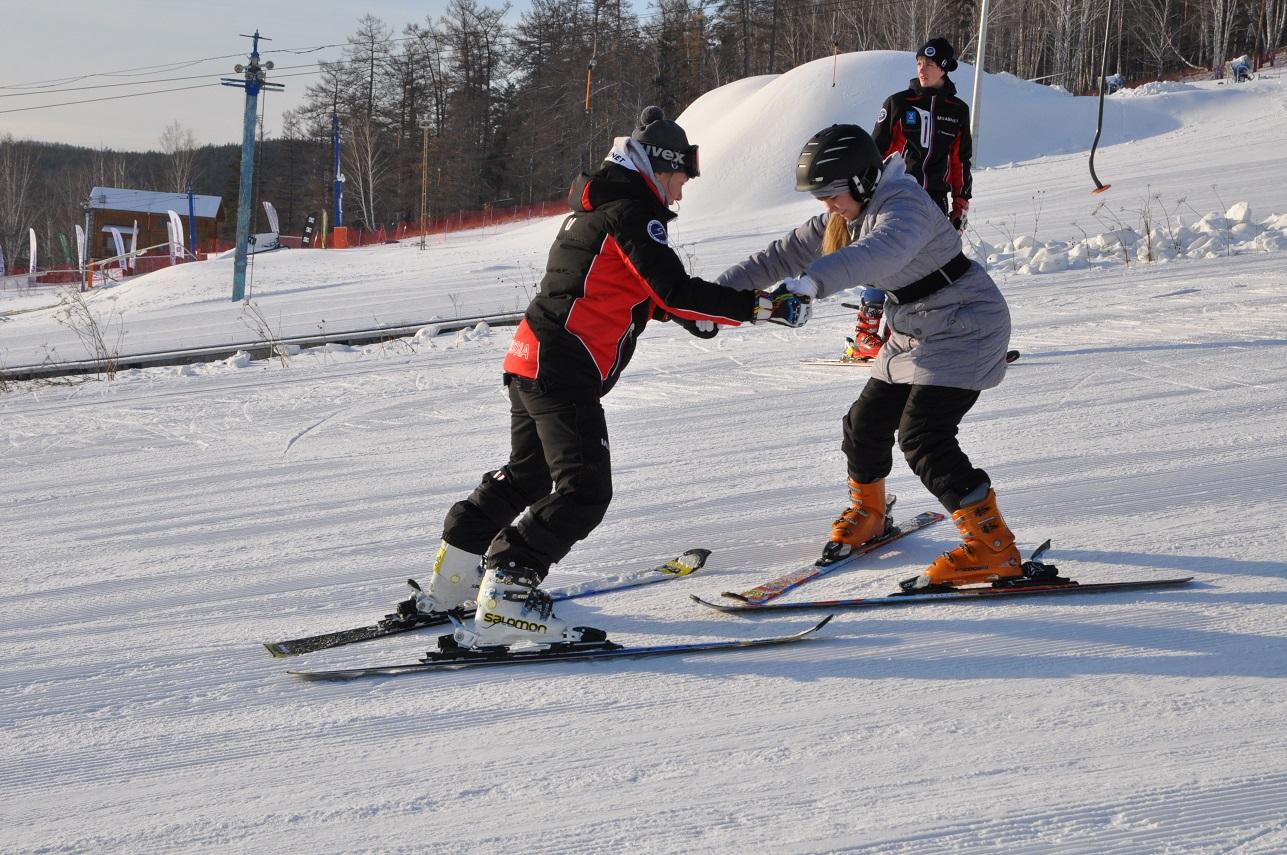 Как сообщили агентству «Урал-пресс-информ» в пресс-службе горнолыжного курорта, во время соревнов