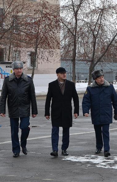 Сенатор региона Олег Цепкин посетил исправительную колонию №5 ГУФСИН России по Челябинской област