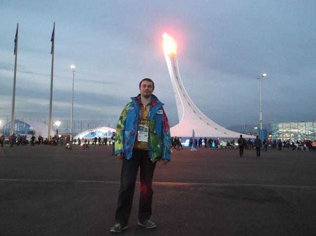 В Сочи, где сейчас проходят XXII Зимние Олимпийские игры, работает инженер-электронщик дирекции и
