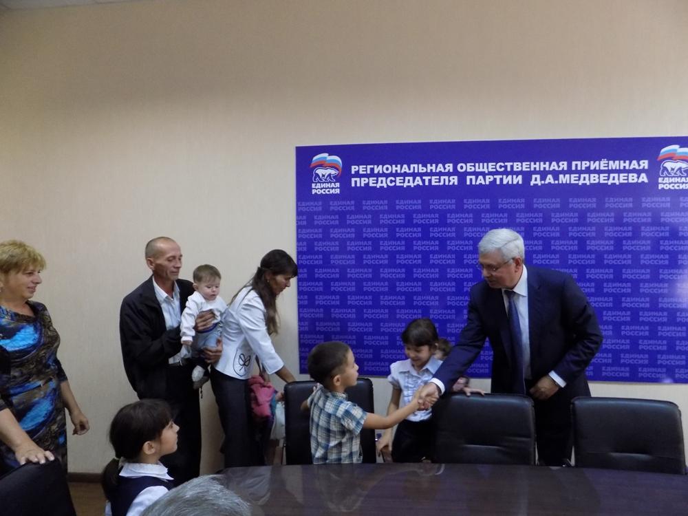 На прием приезжают люди с разных уголков Челябинской области, у каждого – своя проблема. Пенсионе