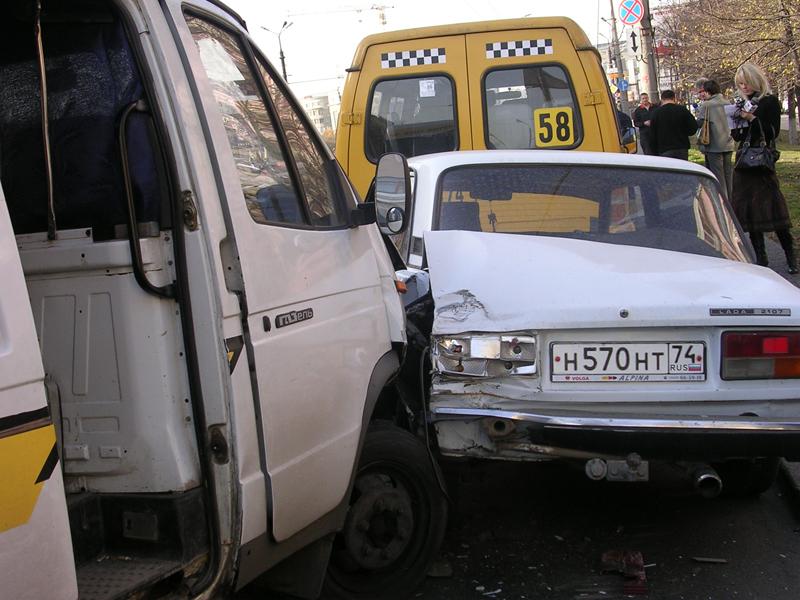Инспекторами ДПС выявлено две тысячи 511 нарушений ПДД РФ водителями, из них за управлением транс