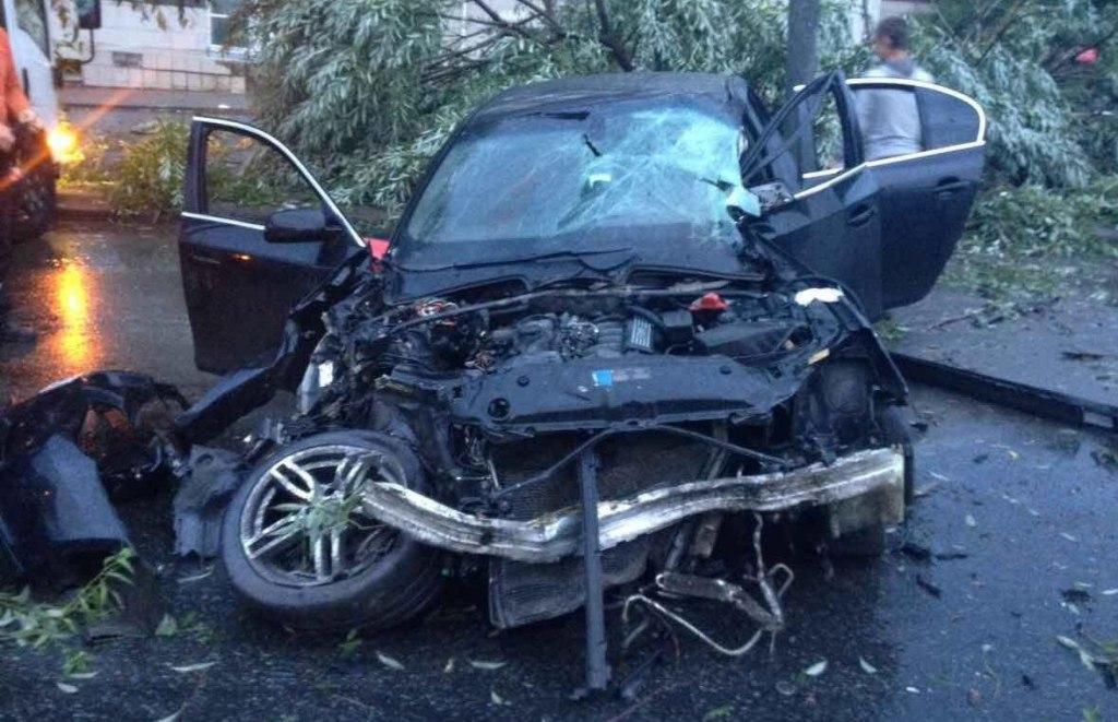 ДТП произошло сегодня, 27 июля, в четыре часа утра в Калининском районе Челябинска. 26-летняя авт