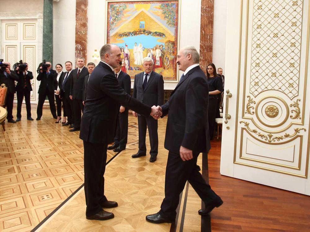 Об этом сегодня, 27 апреля, заявил президент республики Александр Лукашенко на встрече с губернат