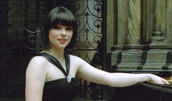 Как сообщили агентству в пресс-службе Челябинской филармонии, Екатерина Мечетина