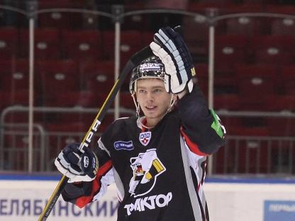 Евгений Кузнецов - определенно самый обсуждаемый и популярный хоккеист России последних недель. Б