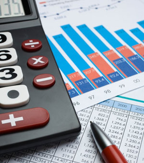 В сообщении указывается, что Совет директоров отмечает позитивные процессы стабилизации инфляции,